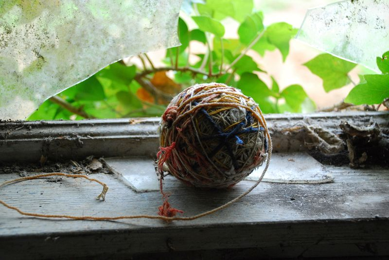 Old house yarn ball