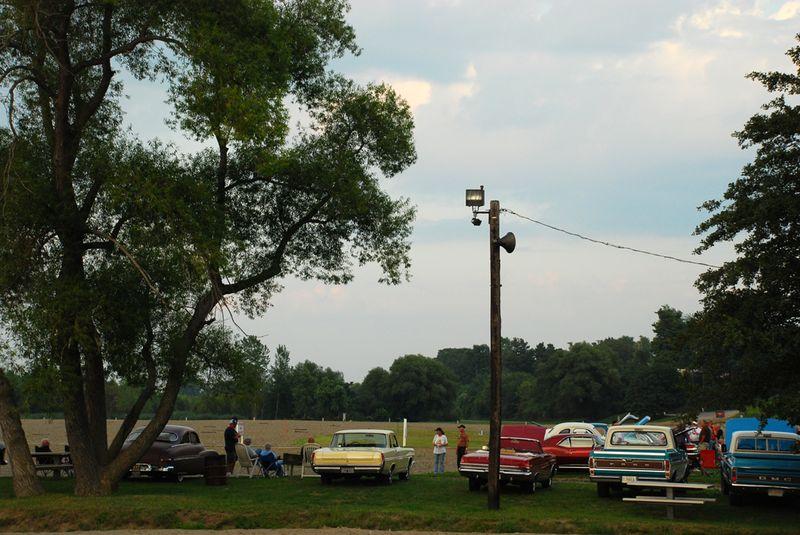 Conneaut car show