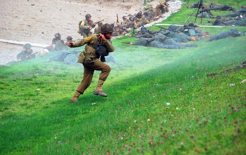Running with grenade